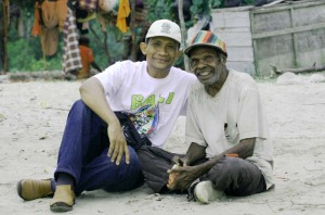 HL & Adrianus di Pantai Payump