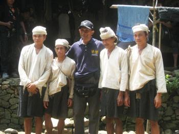 Yuli, Jakri, Anas, Sangsang warga Baduy Dalam di Kampung Gajeboh Baduy Luar