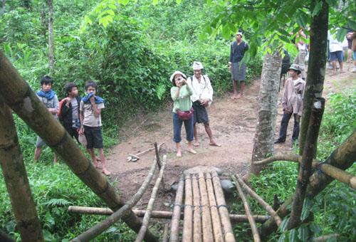 Jembatan keluar Kampung Baduy Dalam