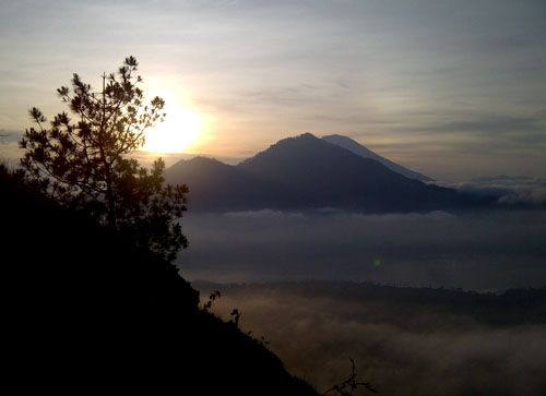 Sunrise at Mt Abang